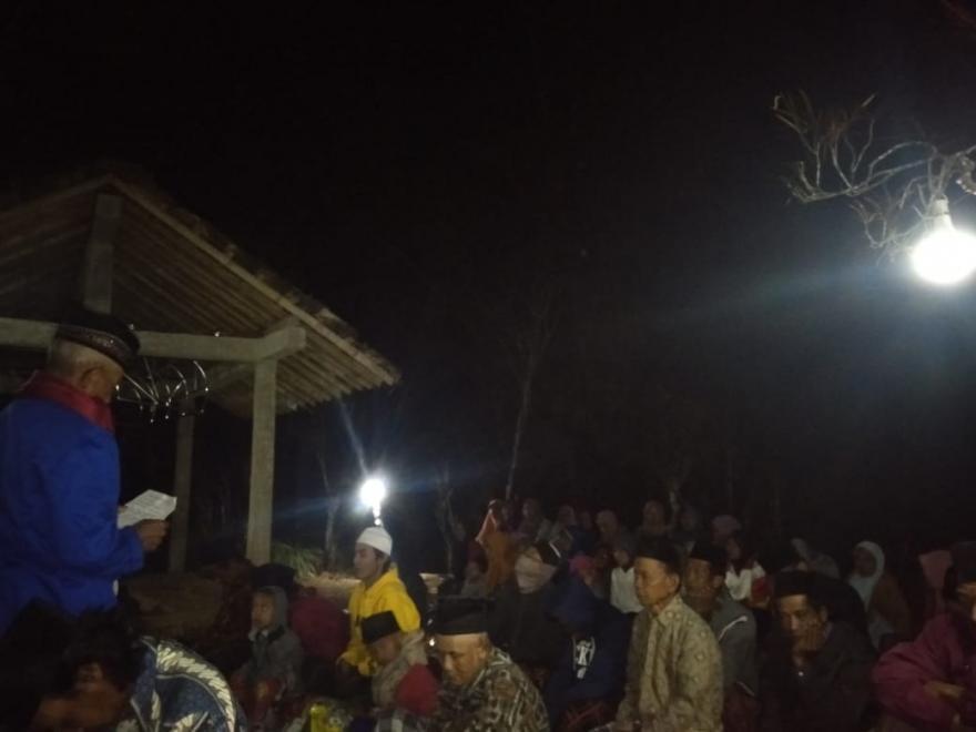 Image : Ziarah Kubur Desa Bumiayu